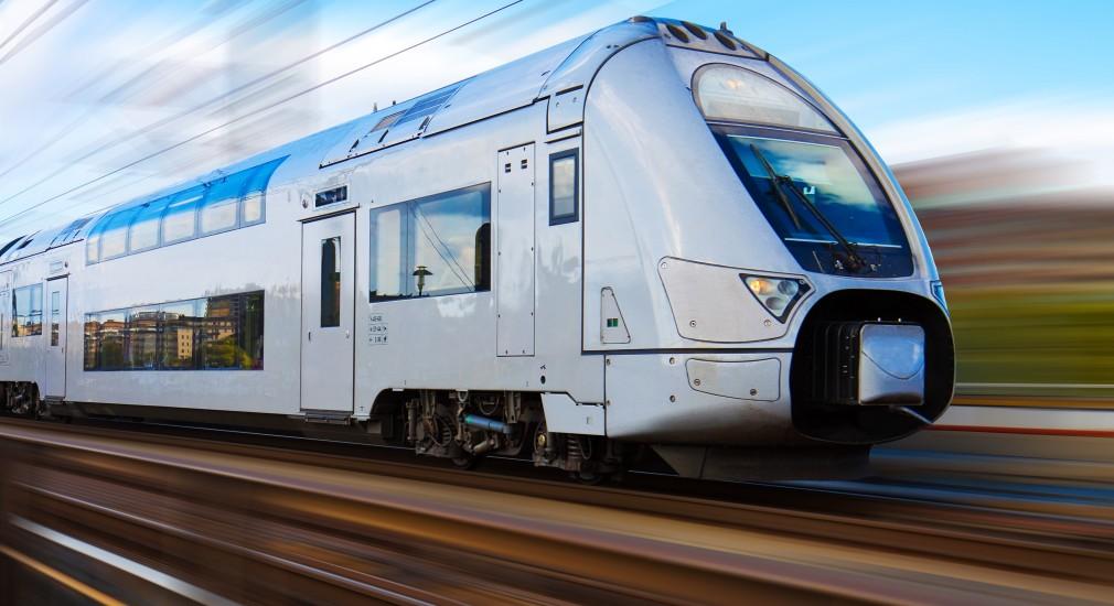Fotrografía de un tren de alta velocidad
